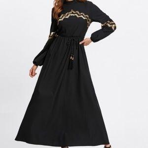NWOT Black Chevron Long Sleeve Maxi Dress